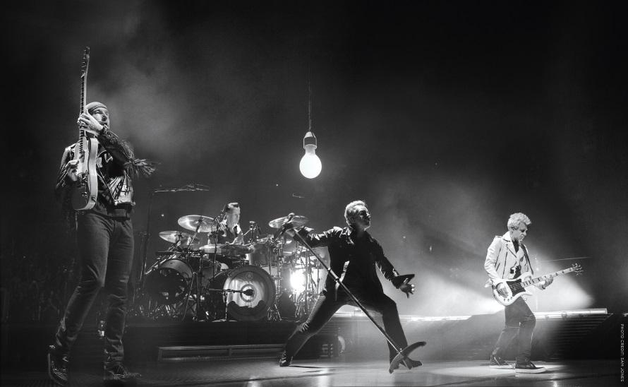 U2 - IE tour Official Press Release Photo (u2.com)