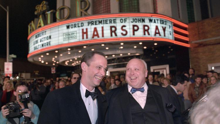 John Waters & Harris Glenn Milstead (Divine) bij de Hairspray première (baltimoresun.com)