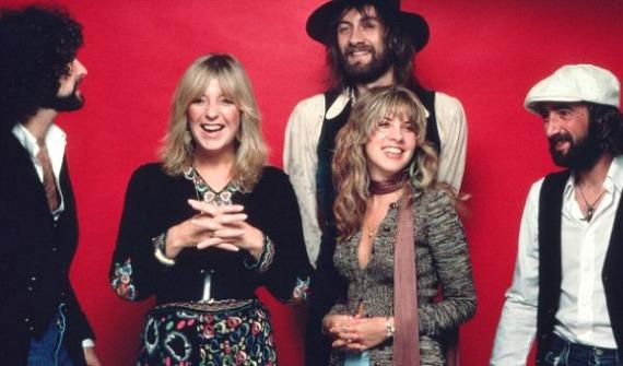 Fleetwood Mac 1977 (writeonmusic.com)