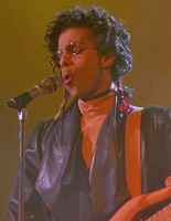 Prince - Play in The Sunshine (rottentomatoes.com)
