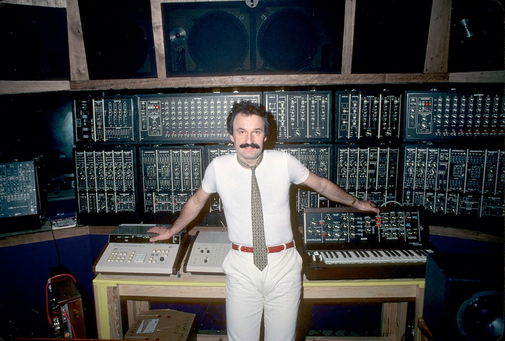 Giorgio Moroder and his Moog system (soundonsound.com)