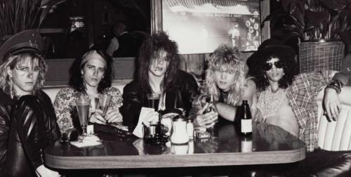 Guns N' Roses - Hell tour (taringa.net)