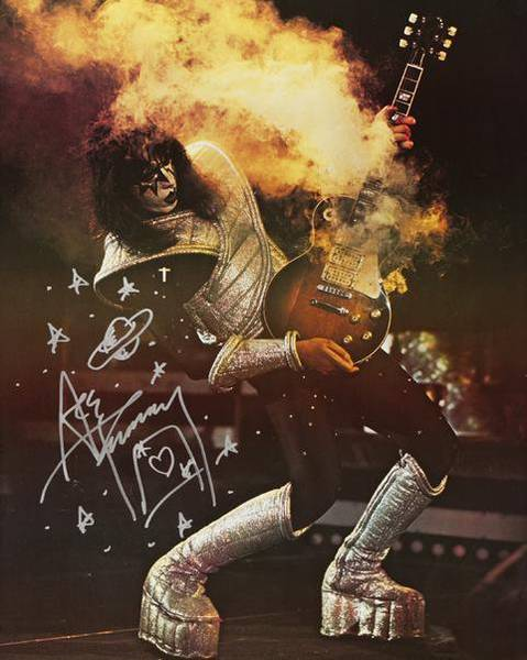 Ace Frehley - Live (allkindsagirls.blogspot.com)