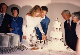 Bruce Springsteen - Huwelijk 1985 (pinterest.com)