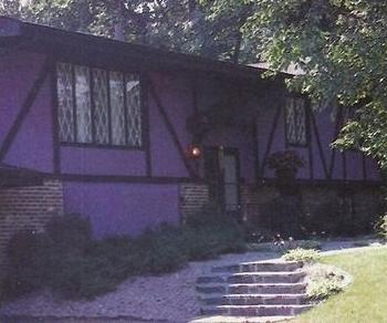 Prince home & home studio Kiowa Trail, Chanhassen, Minneapolis (pinterest.com)