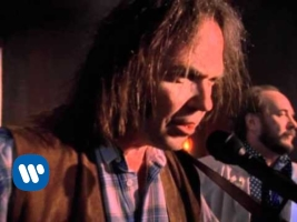 Neil Young - Harvest Moon - Video (youtube.com)