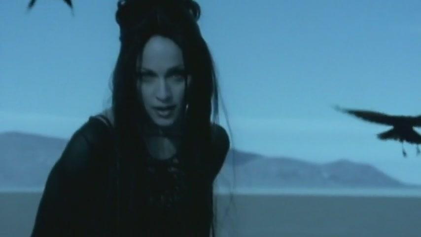 Madonna - Frozen - video (horrornews.net)