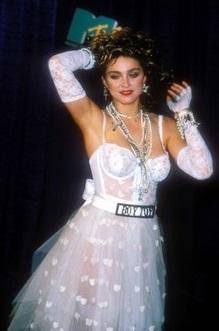 Madonna - MTV VMA 1984 (skipandjans.com)