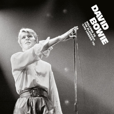 David Bowie - Welcome To The Blackout (Live London '78) (velvetmusic.nl)