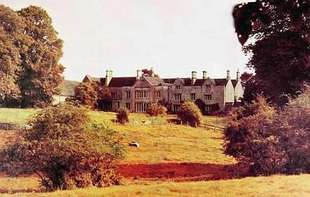 Manor Studio, Oxfordshire (archive.is)