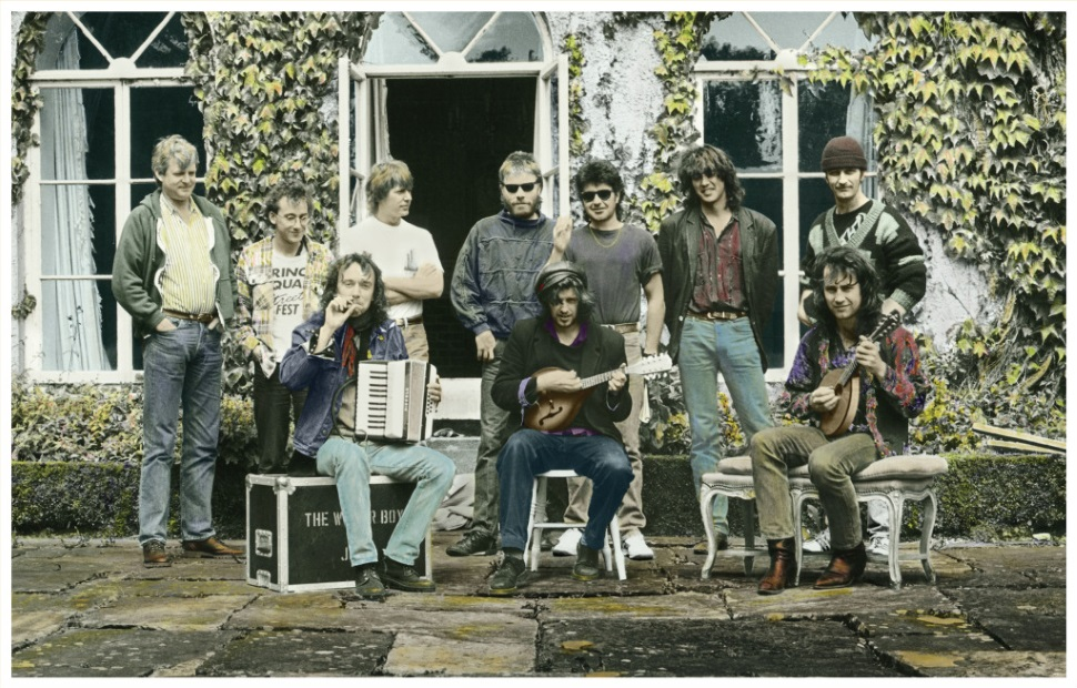 The Waterboys, Spiddal House, 1988 (mikescottwaterboy.com)