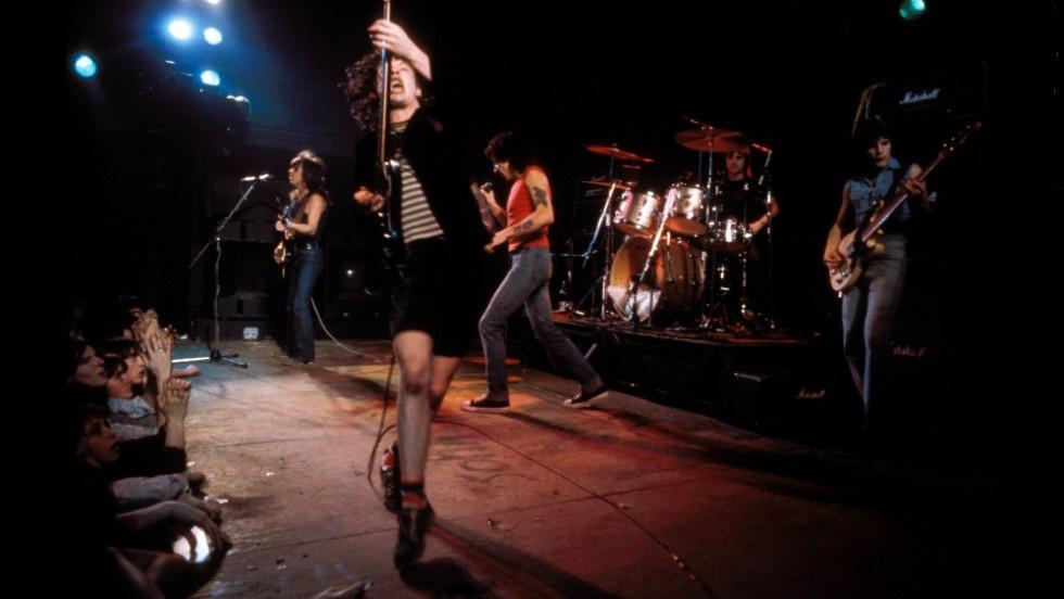 AC/DC Live 1977 (cnn.com)