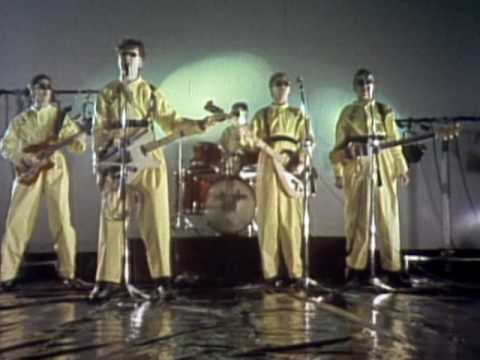 Devo - (I Can't Get Me No) Satisfaction - Video (youtube.com)