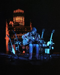 Neil Young - Live 1992 (small) (Steve Babineau)