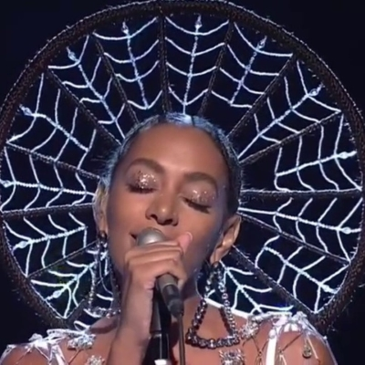 Solange - Cranes In The Sky - Live SNL (dailymotion.com)
