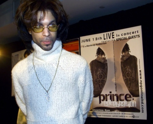 Prince - Pers conferentie 16-05-2000 New York (twincities.com)