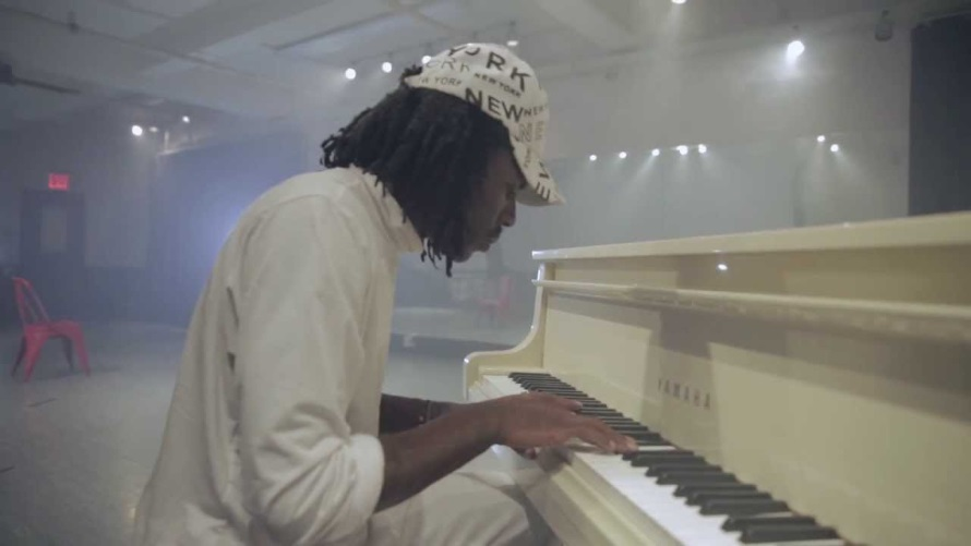 Blood Orange - Time Will Tell (video) (youtube.com)