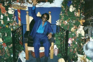 James Brown celebrates Christmas at Augusta, Georgia (wrdw.com)