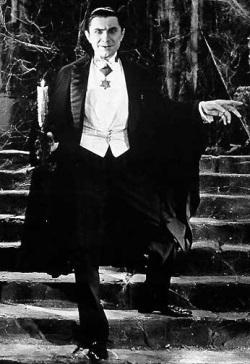 Bela Lugosi in Dracula (pinterest.com)