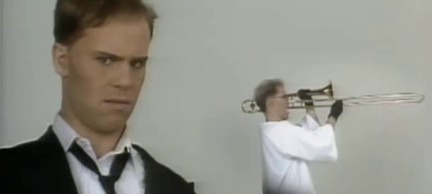 Thomas Dolby - Hyperactive! video (youtube.com)