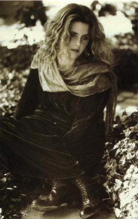 Maria McKee - Maria McKee - Backcover (discogs.com)