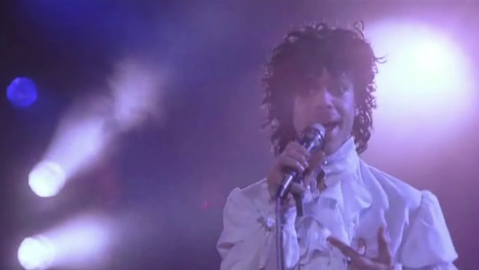 Prince And The Revolution - Baby I'm A Star performance in the movie Purple Rain (apoplife.nl)
