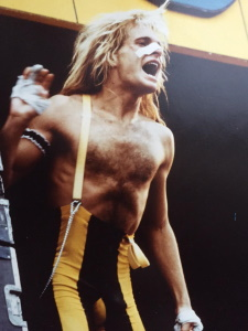 Van Halen - David Lee Roth - Pinkpop 1980 (themightyvanhalen.net)