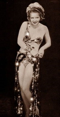 Clara Bow (pinterest.com)