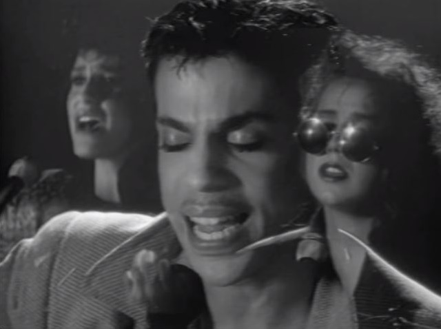 Prince, Wendy & Lisa - 4 The Tears In Your Eyes - Video (45spaces.com)