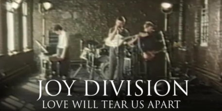 Joy Division - Love Will Tear Us Apart - Video (youtube.com)