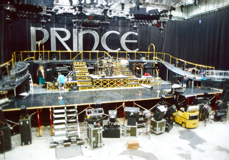 Prince - Nude Tour - Rehearsals at Paisley Park Studios (fortune.com)