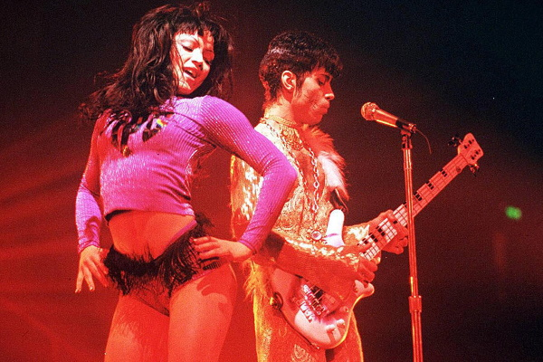 Mayte & Prince 1995 (pinterest.com)