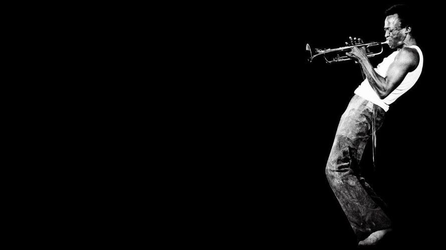 Miles Davis (wallpapercave.com)