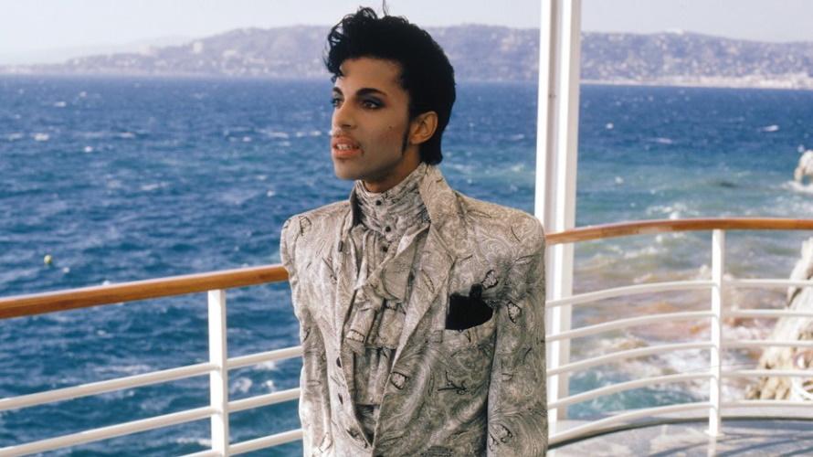 Prince - Under The Cherry Moon scene - Kleur (prince.org)