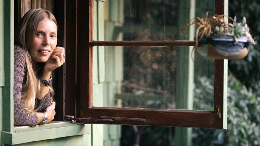 Joni Mitchell 1970 (morrisonhotelgallery.com)