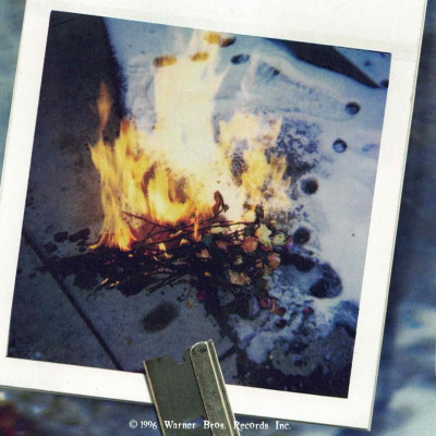 Prince - Chaos And Disorder - Achterzijde booklet (apoplife.nl)