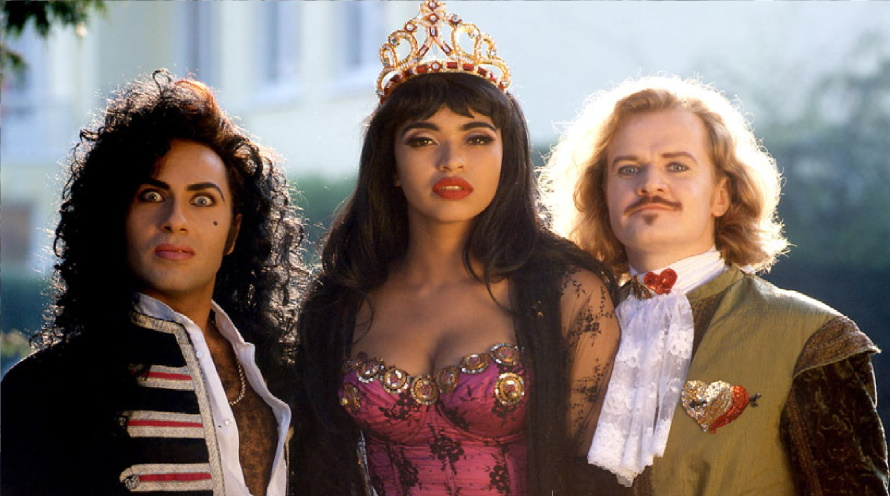 Army Of Lovers 1991 (pinterest.com)